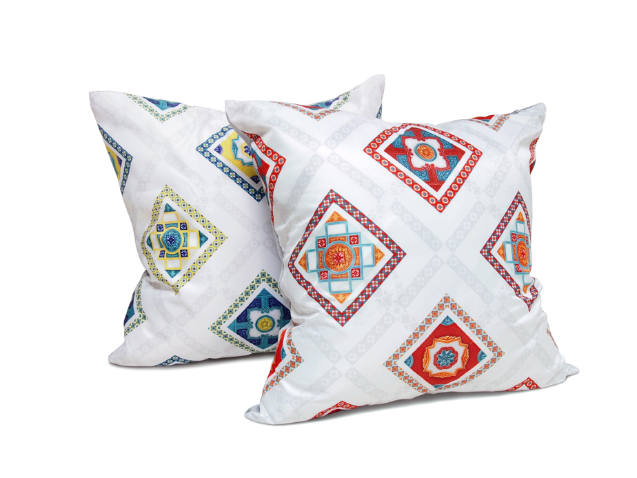 Cushion Cover, Ivory Nyonya